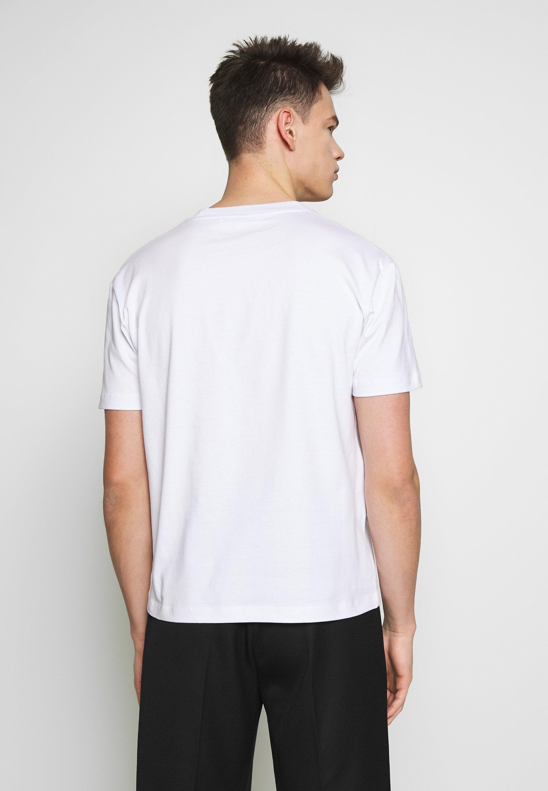 Nowy styl Gorąca wyprzedaż McQ Alexander McQueen DROPPED SHOULDER TEE - T-shirt z nadrukiem - optic white | Odzież męska 2020 hx5wT