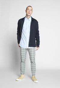 Only & Sons - ONSSANE SOLID POPLIN - Shirt - cashmere blue - 1