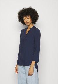 Anna Field - Basic V neck Blouse - Blusa - dark blue - 0