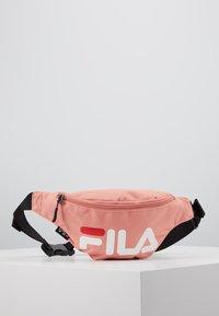Fila - WAIST BAG SLIM - Ledvinka - lobster bisque - 0