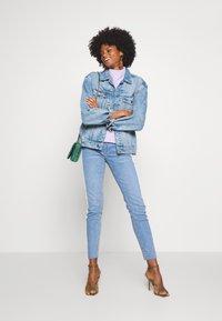 Rich & Royal - MIDI STRIPE - Jeans slim fit - denim blue - 1