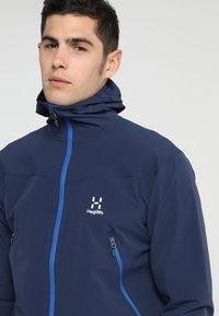 Haglöfs - NATRIX HOOD MEN - Soft shell jacket - tarn blue/storm blue - 4