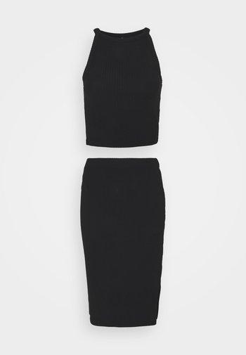 ONLNELLA TOP AND SKIRT SET - Top - black/black