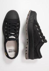 Palladium - PALLASHOCK Unisex - Sneakers laag - black - 1