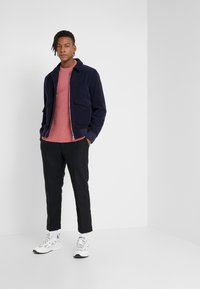 Filippa K - TOBIAS - Stickad tröja - pink cedar - 1