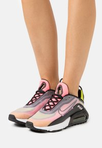 Nike Sportswear - AIR MAX 2090 - Trainers - champagne/black/sunset pulse/cyber - 0