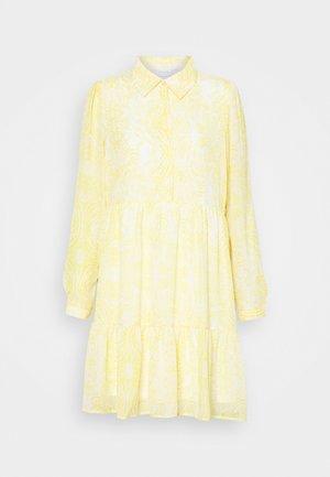 VIPLISSEA SHIRT DRESS - Day dress - spicy mustard