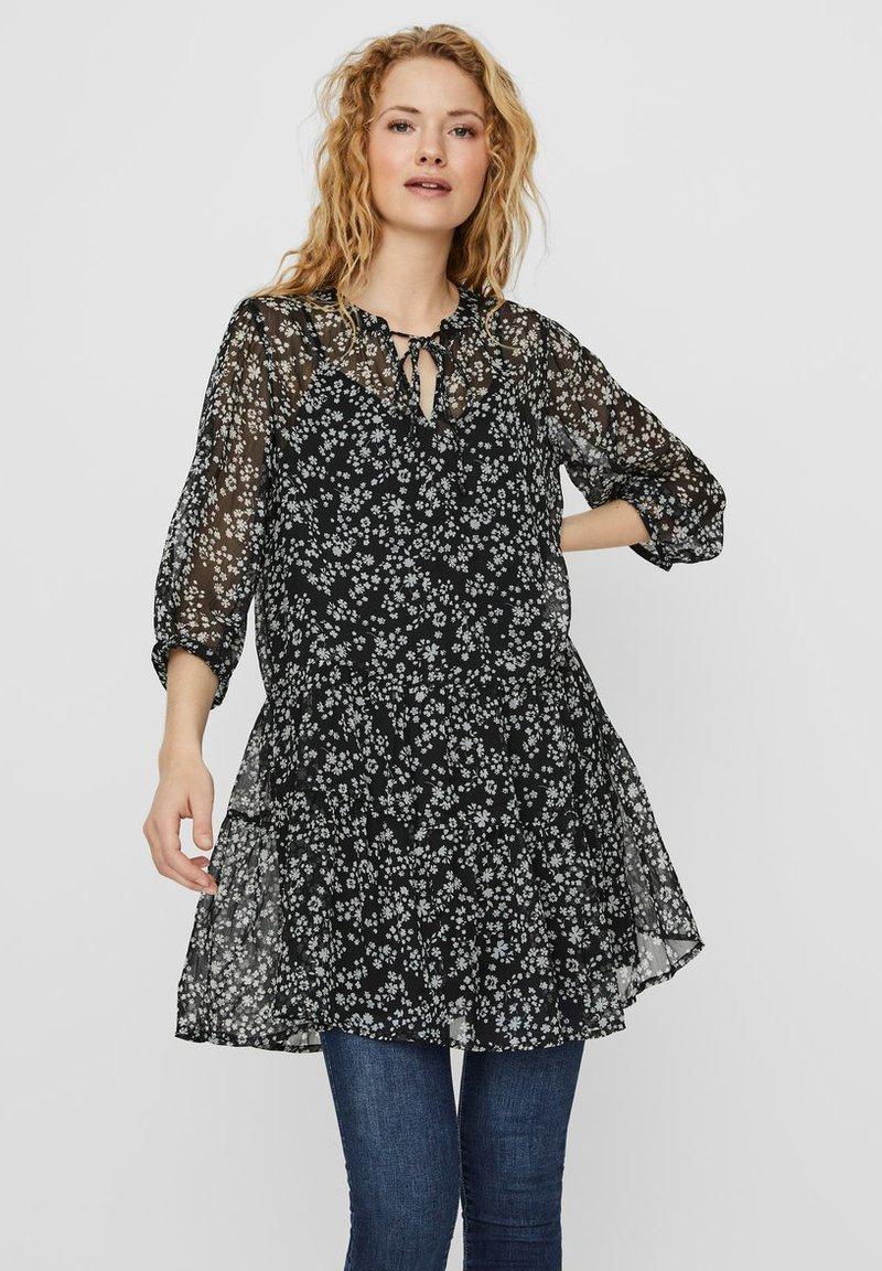 Vero Moda - VMWONDA TUNIC - Day dress - black