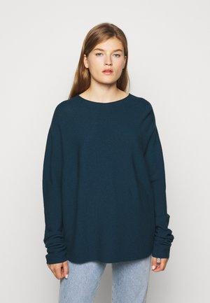 MAILA - Sweter - grün