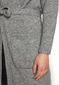 WEEKEND MaxMara - OVATTE - Cardigan - grigio melange - 5