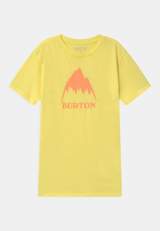 CLASSIC MOUNTAIN HIGH UNISEX - T-shirt imprimé - lemon verbena