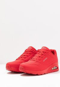 Skechers Sport - UNO - Sneakers basse - red