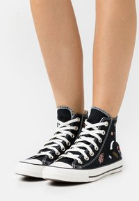 Converse - CHUCK TAYLOR ALL STAR  - Høye joggesko - black/white - 0