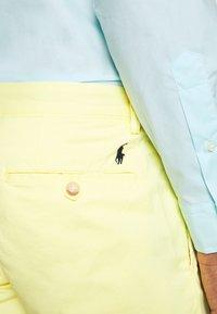 Polo Ralph Lauren - BEDFORD - Shorts - bristol yellow - 6