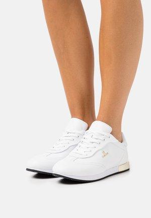 PAULA  - Sneakers laag - white