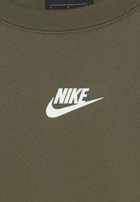 Nike Sportswear - REPEAT CREW - Langærmede T-shirts - khaki - 2