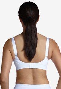 Carriwell - PADDED MATERNITY & NURSING BRA - Balconette bra - white - 2