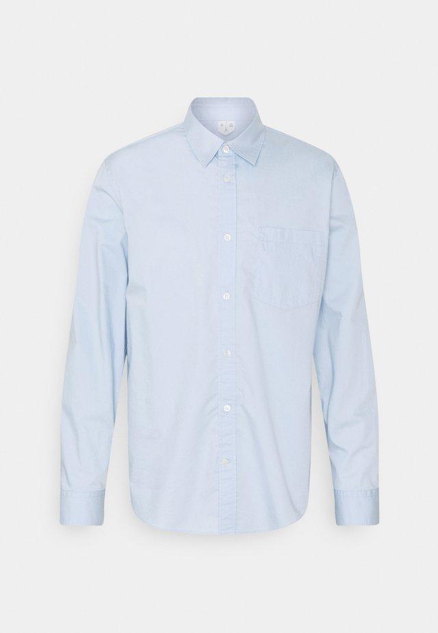 Shirt - blue light