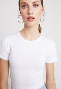 Modström - TRUE - Basic T-shirt - white - 4