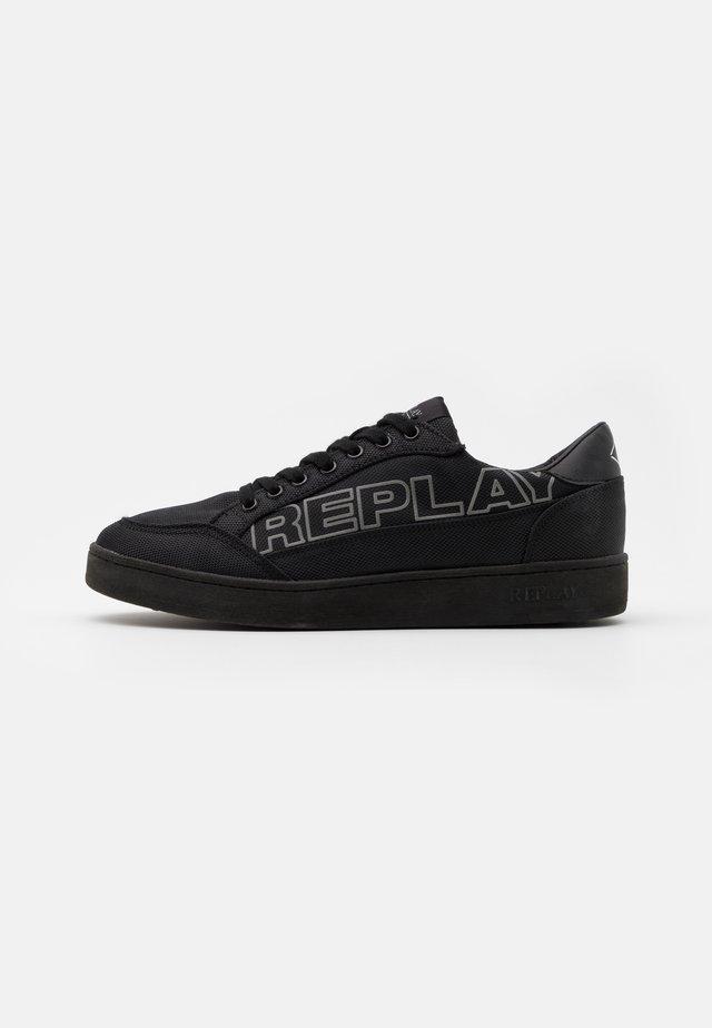 SHEFFIELD - Sneakers laag - black