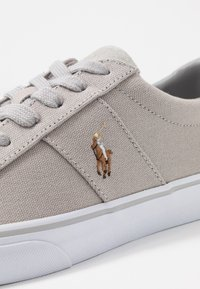 Polo Ralph Lauren - SAYER - Sneakers laag - soft grey - 6