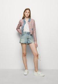 maje - VENISE - Summer jacket - rouge - 1
