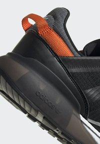 adidas Originals - ZX 2K BOOST PURE - Zapatillas - core black grey six orange - 7