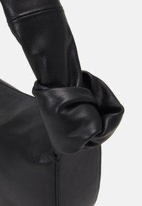 Little Liffner - DOUBLE KNOT BAG - Handbag - black - 4