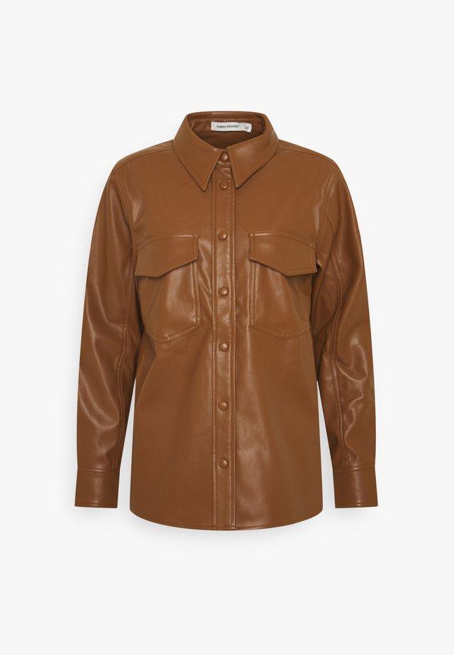KAREN  - Skjortebluser - brown