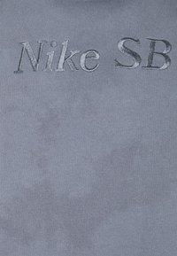 Nike SB - HOODIE UNISEX - Sweatshirt - ashen slate/midnight navy - 5