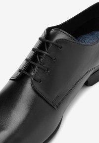 Next - TAN DERBY SHOES - Stringate eleganti - black - 3