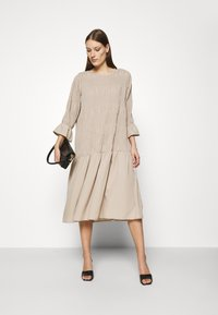 JUST FEMALE - ETIENNE DRESS - Day dress - cobblestone - 1