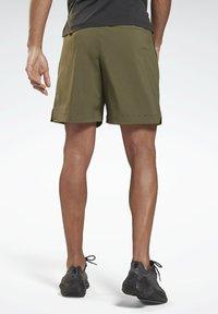 Reebok - UNITED BY FITNESS EPIC+ - Pantalón corto de deporte - green - 2