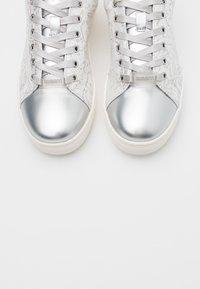 Bugatti - ELEA - Sneakers - silver/white - 5