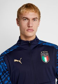 Puma - ITALIEN FIGC PREMATCH AWAY JACKET - Training jacket - peacoat team power blue - 3