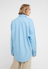 Rika - BLAZE  - Button-down blouse - ocean blue - 2