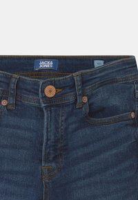 Jack & Jones Junior - JJIDAN JJORIGINAL SUPER SKINNY - Jeans Skinny Fit - blue denim - 2