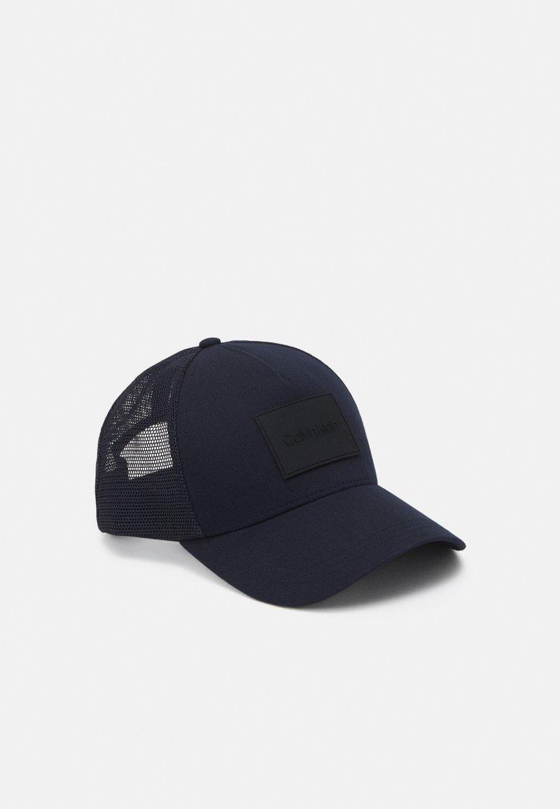 Calvin Klein - TRUCKER UNISEX - Cap - blue