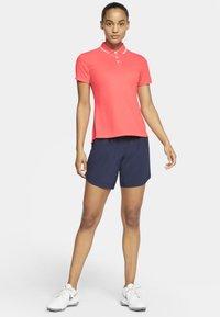 Nike Golf - DRY VICTORY - Koszulka sportowa - laser crimson/white - 1