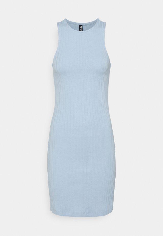 PCTIANA DRESS - Pletené šaty - kentucky blue