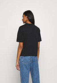 Champion Reverse Weave - Print T-shirt - black - 2