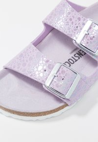 Birkenstock - ARIZONA - Slippers - metallic lilac - 2