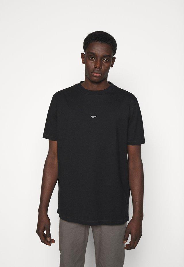 OSLO  - T-shirt imprimé - black