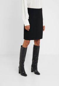 WEEKEND MaxMara - VONGOLA - A-line skirt - schwarz - 0