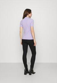 Calvin Klein Jeans - MICRO BRANDING STRETCH MOCK NECK - Triko spotiskem - palma lilac - 2