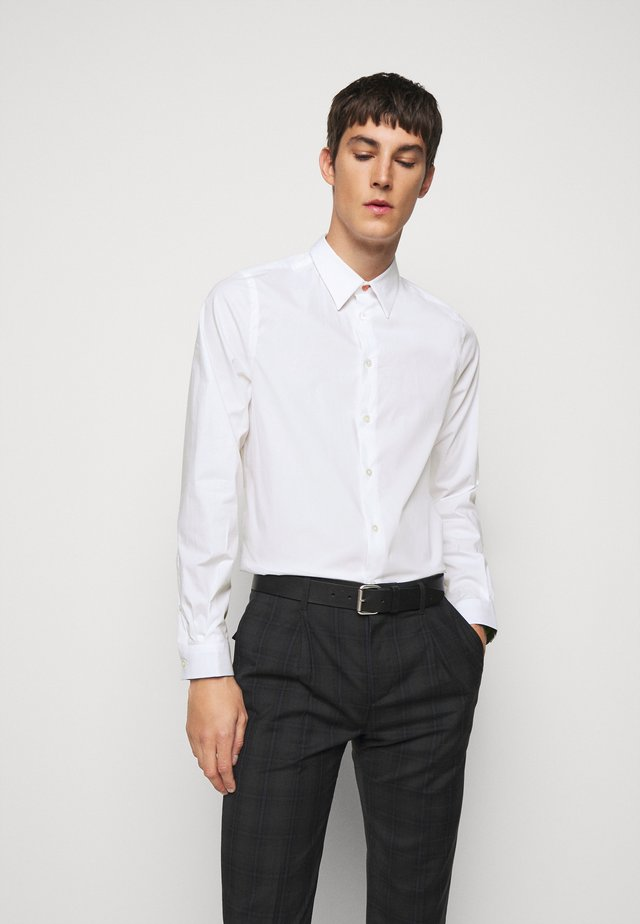 MENS TAILORED FIT - Koszula biznesowa - white
