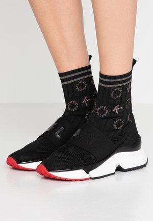 AVENTUR - High-top trainers - black