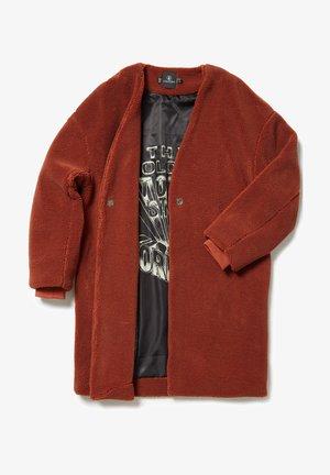 Classic coat - brick