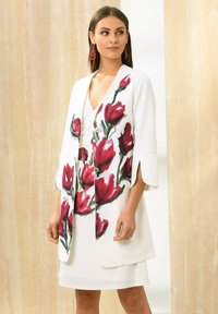 Alba Moda - Short coat - off-white rot - 5