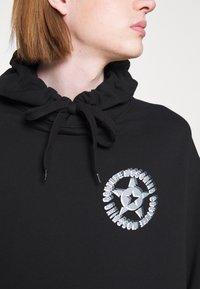 MOSCHINO - Sweatshirt - black - 6